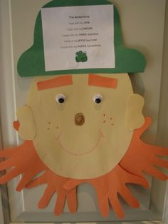 Easy & fun St. Patrick's Day craft to learn the Five Senses:  Five Senses Leprechaun (learn a five senses song in Spanish, too!)
