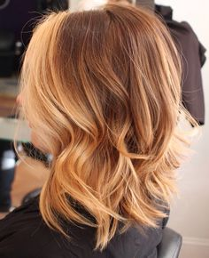 Balayage short blonde hair by stylist Renee