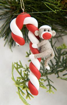 I heart sock monkeys!