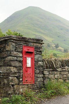 Postbox near Hartsop, Cumbria, England London Underground, Cumbria, Lake District, Post Bus, English Village, England And Scotland, English Countryside, Union Jack, British Isles
