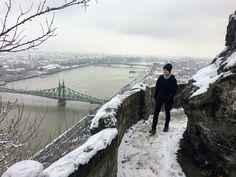 Budapest legszebb túraútja az orrunk előtt van, mégse látjuk - Szép kilátás! Budapest, Life Goals, Hungary, Arch, Tours, Italy, Mountains, How To Plan, Places