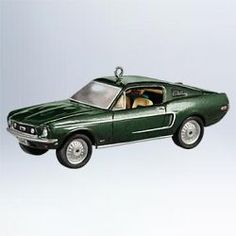 2011 Classic Cars #21 - 1968 Ford Mustang GT Ornament