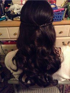 Simple wavy curls with braid