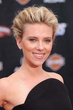 Scarlett Johansson, tras confirmar su embarazo, habla por primera vez sobre la maternidad