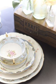 Brilliant Idea- company that provides vintage mismatched china for events. www.dishwishla.com