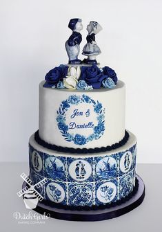 Dutch delft wedding cake