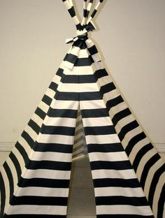 Striped Teepee. Would be so fun to play in! Bet I could make this<33!.