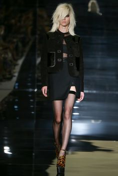 See the complete Tom Ford Spring 2015 Ready-to-Wear collection.