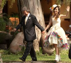 Quieres una boda con toda la tematica andina?! vestido, decoracion, todo!!!