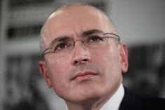 रुस के पूर्व अरबपित मिखाइल खोदोरकोवस्की ने राष्ट्रपति ब्लादिमीर पुतिन को नंगा नरेश करार दिया है