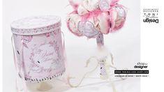 Lumanare de botez cu lebada de plus si pene roz si albe, Lebada alba Swansea, Design, Home Decor, Cots, Crystal, Decoration Home, Room Decor, Home Interior Design