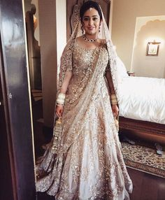 How gracefully does this Manish Malhotra bride pull-off this stunning lengha? Simply breathtaking!