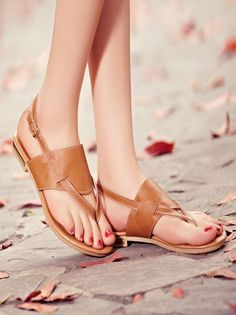 This is the best style of the ladies flat shoes with this best looking Brown leather shoes which make the comfortable Platform and also the Awesome shoes design. Brown Leather Shoes, Leather Sandals Flat, Brown Flats, Flat Sandals, Flat Shoes, Soft Leather, Leather Bag, Girls Heels, Girls Sandals