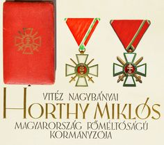 A Magyar Érdemkereszt és A Magyar Érdemrend - Signum Laudis Hungary, Military, Photography, Art, Badges, Art Background, Photograph, Fotografie, Kunst
