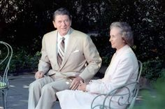 Sandra Day O'connor, Republican Presidents, American Story, Supreme Court Justices, Former President, Role Models, United States, History, Woman
