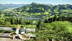 Sommerurlaub im GOURMET & SPA DE CHARME HOTEL TENNERHOF ***** #leading #spa #resort #leadingsparesort #indoor #wellness #holiday #tennerhof #kitzbühel #tirol #österreich #tradition #kulinarik #golf #haubenküche #kupferstube #wandern #biken #streif #gourmet #austria #jacuzzi #outdoor #sport Wellness Hotel Tirol, Spa, Paradis, Nature Photos, Best Hotels, Grand Canyon, Mountains, Travel, Image