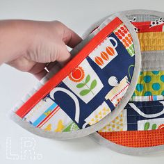 Zakka Style :: Patchwork Potholders » LRstitched | Lindsey Rhodes