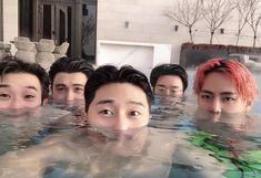 The bromance between Hwarang actors Park Seo Joon, Kpop boy group BTS' V and Park Hyung Sik still goes on. Daegu, Park Hyung Sik, Foto Bts, K Pop, Witch's Romance, V Instagram, Park Seo Joon Instagram, V Bts Wallpaper, Kim Taehyung