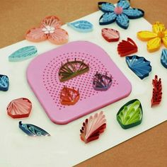 Quilling Grid Guide with 20 Pins