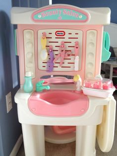 Vintage Little Tikes Beauty Salon With Chair Accessories Loaded