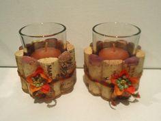Sostenedores de vela Votiva de corcho de vino de Upcycled (flores)