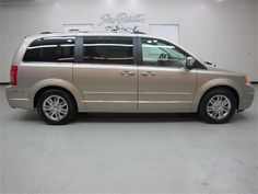 2008 Chrysler Town and Country Minivan Town And Country Minivan, Chrysler Town And Country, Cars, Vehicles, Autos, Car, Car, Automobile, Vehicle
