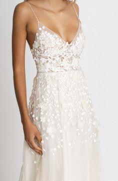 Country Wedding Dresses, Wedding Dresses Photos, Wedding Dresses Plus Size, Modest Wedding Dresses, Bridal Gowns, Wedding Gowns, Engagement Dresses, Dream Dress, Marie
