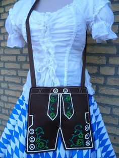 Oktoberfest Dirndl-Tasche Lederhose  von Jana´s Hüttenwerk auf DaWanda.com
