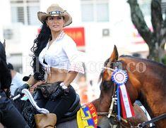 Cabalgata de la Feria de Cali: las mujeres más lindas del desfile equino.