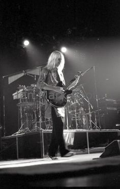 Rush 'A Farewell to Kings' Tour Pictures - Stampede Corral - Calgary, Alberta - 09/11/1977