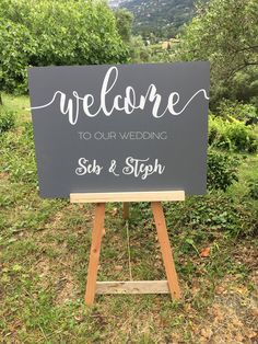 Welcome and welcome sign for customizable wedding on black or grey background Cadre Photo Polaroid, Gray Background, Welcome, Our Wedding, Creations, Signs, Handmade, Etsy, Boutique