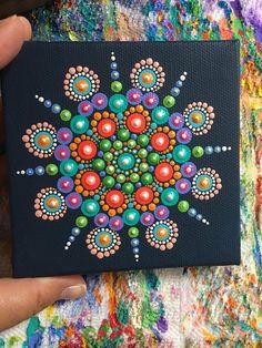 Original Mandala punto arte pintura. Pintura de punto.