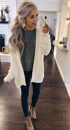 This sweater ❤ white cardigan outfit, cardigan outfits, casual winter outfits, winter Beauty And Fashion, Look Fashion, Fall Fashion, Womens Fashion, Mode Outfits, Fashion Outfits, Fashion Trends, Fashion Lookbook, Fashion Bloggers