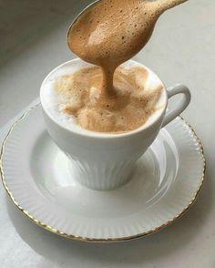 But First Coffee, I Love Coffee, Coffee Break, Aesthetic Coffee, Aesthetic Food, Think Food, Love Food, Coffee Cafe, Coffee Drinks