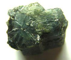 rough alexandrite