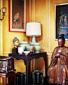 The Dani & Anna Ghigo Collection goes on view today at London, King Street. Sale 11 & 12 May #eastmeetswest #easternart #bustofbuddha #ghigo #asianart #interior