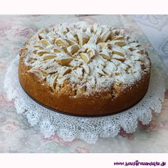 Chrysanthemen-Kuchen Chocolate, Chrysanthemums, Almonds, Oven