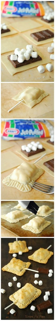 S'more Pie Pops Recipe Ingredients : 1 pie crust oz Hershey's XL Milk Chocolate Bar 2 cups mini marshmallows 1 egg white - b. Just Desserts, Delicious Desserts, Dessert Recipes, I Love Food, Good Food, Yummy Food, Yummy Treats, Sweet Treats, Cupcake Cakes