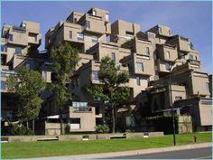 Moshe Safdie という建築家が設計したらしい。耐震構造が心配