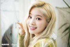 """Bunny"" Dahyun (Twice) melts all hearts with radiant beam Nayeon, I Love Girls, Cool Girl, South Korean Girls, Korean Girl Groups, Twice Korean, Twice Dahyun, Twice Kpop, Scene Photo"