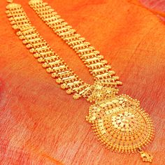Gold Chandan Haar from Manubhai Jewellers – Haardesign Center Gold Earrings Designs, Gold Jewellery Design, Necklace Designs, Gold Designs, Diamond Jewellery, Designer Jewellery, Bridal Jewellery, Real Gold Jewelry, Gold Jewelry Simple