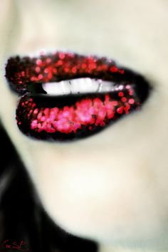 Im gonna marry the night 38 wonderful Lips art Designs