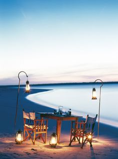 Romantic Beach Dinner in Zanzibar