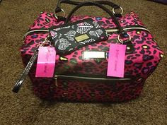 BETSEY JOHNSON PINK CANDY CHEETAH X-LARGE WEEKENDER/DUFFEL BAG And Wristlet $128