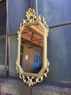 Vintage Wall Mirror Syroco Gold Elegant hollywood regency hanging