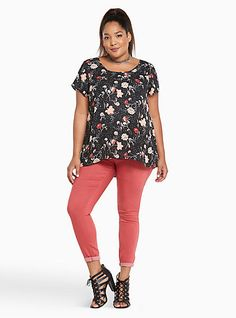 Floral Print Georgette Pleated Back TopFloral Print Georgette Pleated Back Top, FULL BLOWN BUNCH
