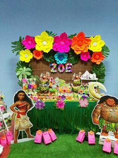 Moana table main table set up Moana Birthday Party Theme, Moana Themed Party, Luau Birthday, Luau Party, 3rd Birthday Parties, Birthday Party Decorations, Moana Party Decorations, Beach Party, Festa Moana Baby