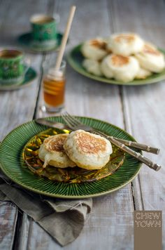 Homemade Crumpets Recipe