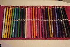 Un magnifico astuccio fai da te che contiene tanti colori e non i soliti 12 che i normali astucci contengono.
