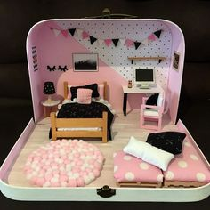 Doll House Crafts, Doll Crafts, Doll Houses, Miniature Crafts, Miniature Dolls, Diy Barbie Furniture, Modern Dollhouse Furniture, Kids Crafts, Doll House Plans